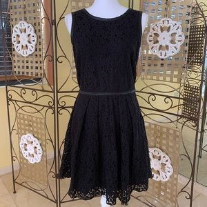 SPEECHLESS black lace flocked party dress 9